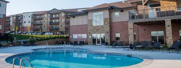 Swimming Pool At The Flats At 84 In Lincoln NE