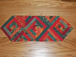 10 FREE Table Runner Quilt Patterns You'll Love | Free Quilting ... & ... table runner: NEW 125 TABLE RUNNERS TO QUILT | Free Quilting Table  Runner Patterns ... Adamdwight.com