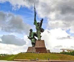 Город герой Севастополь Звание Город герой Севастополь памятник матрос и солдат