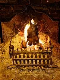 fichier open fire in hearth grate at the black horse inn nuthurst west