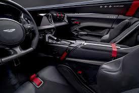 Aston Martin V12 Speedster Custa 882 Mil Euros E Não Tem Pára Brisas Novos Modelos Aquela Máquina
