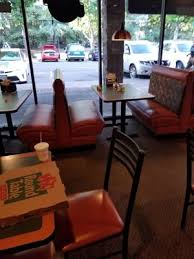 photo of round table pizza sacramento ca united states when i looked