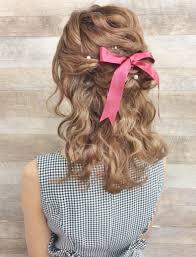 ウェーブりぼんのハーフアップスタイルゆめやかたbeauty ドレスヘア