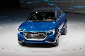 2018 audi e tron. unique 2018 audi etron quattro concept live photos on 2018 audi e tron