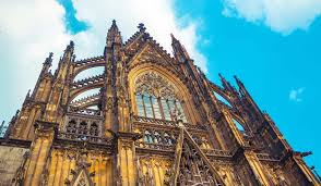 10 Amazing Gothic Style Churches