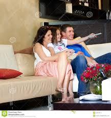 family watching plasma tv. panasonic\u0027s 2014 tv line-up - with prices flatpanelshd family watching plasma tv