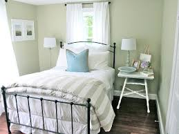 Refreshing Small Guest Room Decor Ideas. Guest Bedrooms