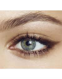 love the cat eye brown eyeliner leaves a softer look the clic eye liner eyes s charlotte tilbury