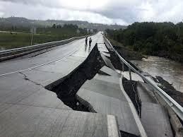 Die erdbeben in nepal 2015 (in den medien auch als erdbeben im himalaya bezeichnet) ereigneten sich im april und mai 2015. Chile Schweres Erdbeben Im Pazifik Panorama Gesellschaft Tagesspiegel