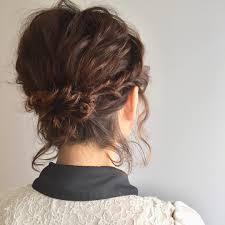 編み込みも自分でできるショートヘアの結婚式お呼ばれアレンジ