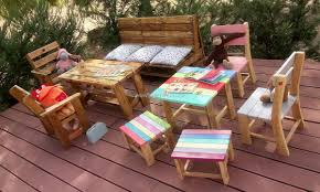 outdoor furniture made of pallets. kids furniture madewith pallets outdoor made of b