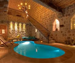 Picture gallery of indoor swimming pool designs