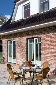 Zweiteilige Terrassentür Mit Sprossen Und Plissees Fenster Klassisch