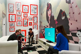 office game room. 24 Creative Features That Will Improve Productivity At The Office : Video Game Room Red Framed