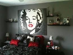 marilyn monroe wallpaper for bathroom : Marilyn Monroe Bathroom ...