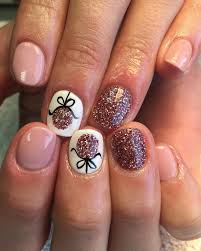 Christmas Nail Designs Shellac Pin By Cynthia Bonnet On Nails Christmas Shellac Nails