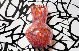Shop exclusive and luxury h&m h&m home for online in kuwait city and whole kuwait. H M Taps Diane Von Furstenberg To Design Home Wares Collection Wwd
