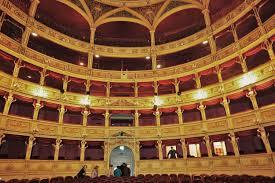 File:Triest Teatro Verdi innen.jpg - Wikipedia
