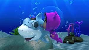 Bài Hát Bé Cá Mập Baby Shark - Liên Khúc Nhạc Thiếu Nhi Tiếng Anh ...   Cá  mập, Bài hát, Bể cá