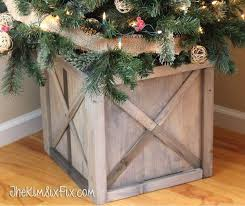 DIY Scrap Wood Crate Christmas Tree Stand