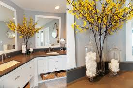 Pictures Of Yellow Bathrooms Yellow And Gray Bathroom Magielinfo