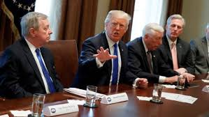 office meeting pictures. us president donald trump at a bipartisan meeting with lawmakers on immigration policy in the white office pictures g