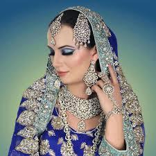 desirable qualities of a good asian bridal makeup artist