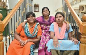 Return to 'Paradise' for Hallucinogenic Family- The New Indian Express