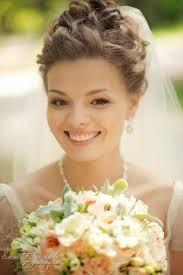 Реферат свадебные прически на средние волосы Прически на каждый  реферат свадебные прически на средние волосы