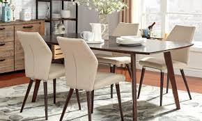 rug under dining table size best