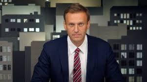 World News | Alexei Navalny Says 'Very Grateful' to Angela Merkel For  Visiting Him at Berlin Hospital