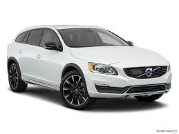 2018 volvo v60 cross country. perfect v60 2018 volvo v60 cross country photos in volvo v60 cross country a
