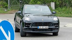 porsche macan restyling 2018. contemporary restyling 2018 porsche macan facelift  spy shots on porsche macan restyling