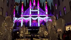 Saks Fifth Avenue Light Show 2016 Schedule 2016 Saks Fifth Avenue Holiday Light Show And Fireworks