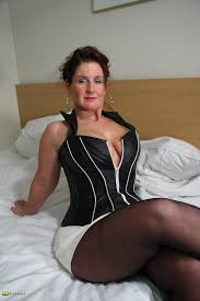 Chubby Mature Heels MOTHERLESS.COM