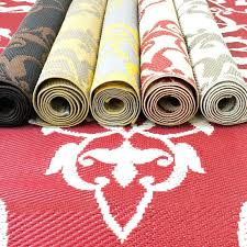 red outdoor rugs plastic outdoor rugs in diffe colors red outdoor rugs canada