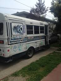 Hippie Buses Quirky Berkeley Cars And Trucks Hippie Buses And Vans