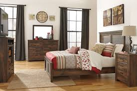Small Bedroom Set 1000 Ideas About Small Bedroom Storage On Pinterest Bedroom With