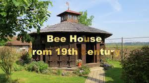 bee house from 19th century in slovenia Čebelarski muzej čebelarstvo tigeli