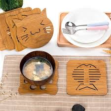 2019 whole vilead animal wooden drink coasters dish pot pad kitchen craft table pad mat plate table decoration dining mat wood pot holders from yueji