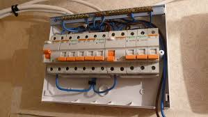 file wiring of european fuse box jpg wikimedia commons how to wire an electrical panel at How To Wire A Fuse Box In A House