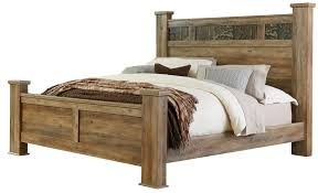 King Bed with Oversized Square Posts