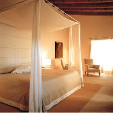 most romantic bedrooms in the world. warmly lit with a flowing canopy and natural highlights? excuse us while we take most romantic bedrooms in the world d