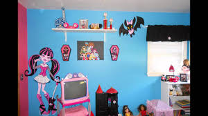 Design Your Room with Monster High Decorations