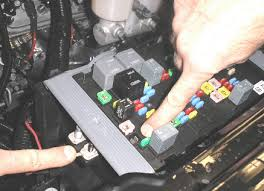 2005 gmc savana 3500 fuse location wiring diagram for car engine chevrolet express 3500 fuse box