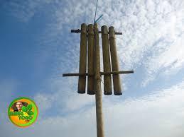 Cantik cara membuat saung bambu kecil ide buat kamu.beginilah kiranya para petani yang pulang dari sawah. Kokoprak Bambu Alat Pengusir Burung Pipit Disawah