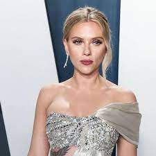 Scarlett Johansson pregnant ...