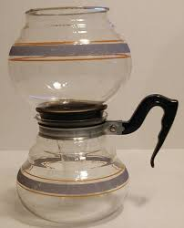 Here is a glass cory vacuum coffee pot! Vintage Coffee Pot 1942 Kent Vacuum Coffee Maker Rare Vacuum Coffee Maker Vacuum Coffee Vacuum Coffee Maker Vintage Coffee Pot