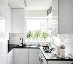 Pretty Small Kitchen With White Cabinets Scandinavian Kitchen Home