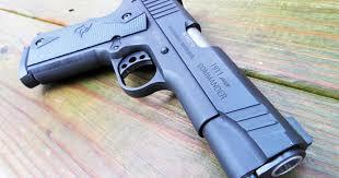 1911 Pistol Comparison Chart Gun Review Taurus 1911 Commander Range 365